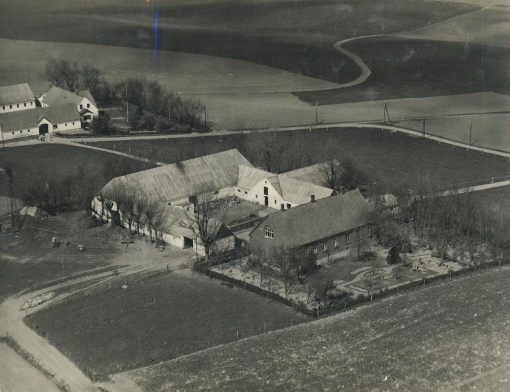 """""""Højlundgaard"""", Sindbjerglundvej 7"""